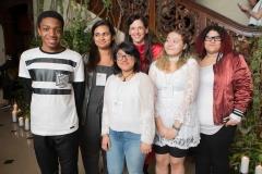 Taryn-Simon-with-teens